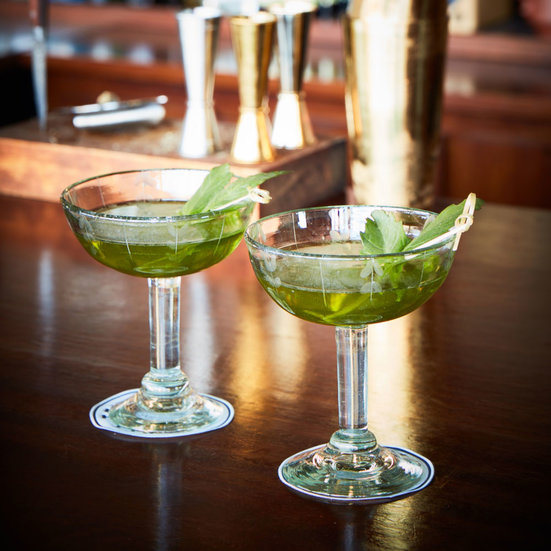 Pimm 39 s iced tea recipe jamie boudreau food wine for Best gin for martini recipes