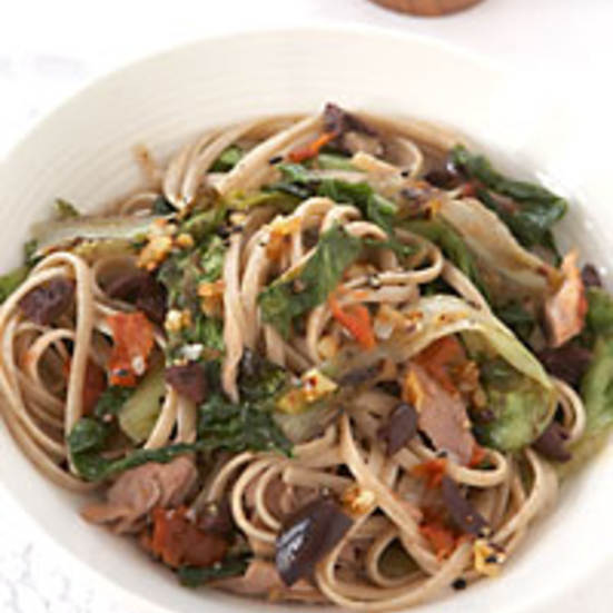Linguine with Escarole, Tuna and Sun-dried Tomato Sauce