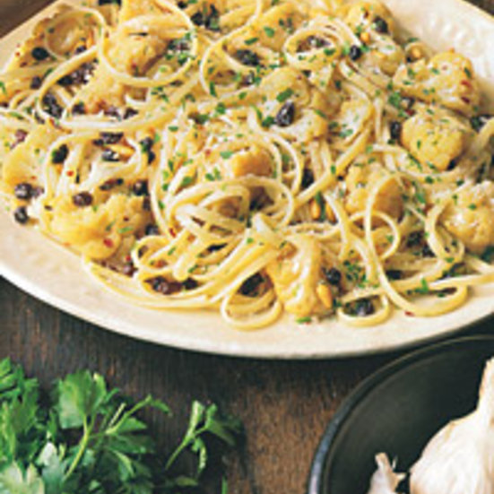Linguine with Cauliflower, Pine Nuts, and Currants