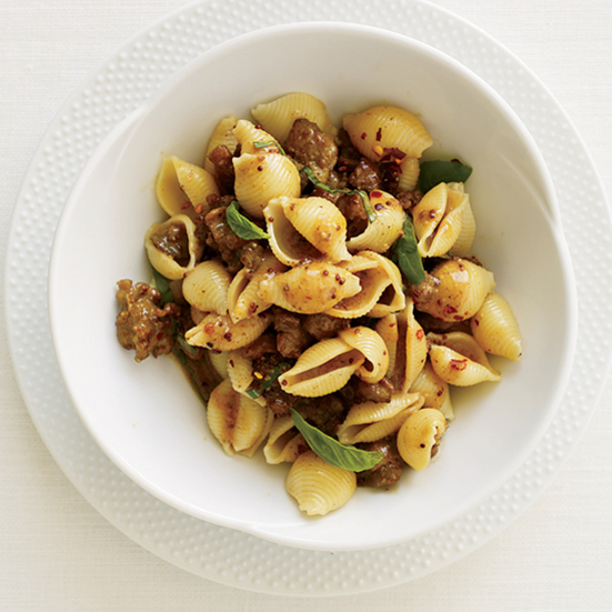 Recipes for sausages and pasta