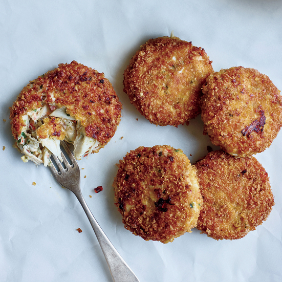 Crab Cakes with Smoky Onion Remoulade