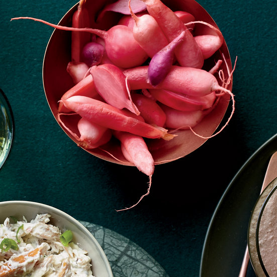 Spicy Quick-Pickled Radishes