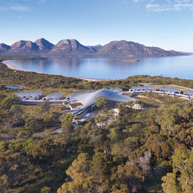Food & Wine: This Luxe Australian Lodge Is Home to Wild Tasmanian Devils