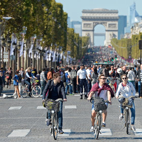 Food & Wine: Paris Will Go Car-Free for One Day Next Month