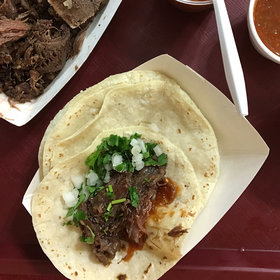 Food & Wine: A Day in the Pit with a <i>Barbacoa</i> Master