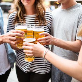 Food & Wine: A Quarter of American Beer Drinkers Say They're Switching to Pot
