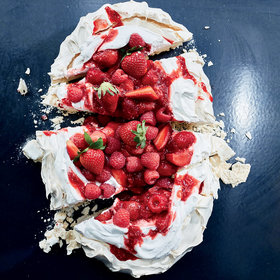 Food & Wine: Summer Pavlova with 