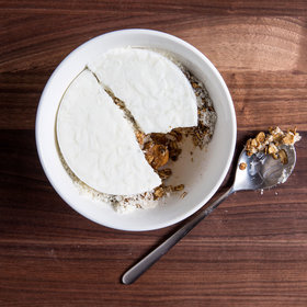 mkgalleryamp; Wine: Almond Oats with Muesli and Skyr
