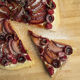 Food & Wine: Fruit Pizza