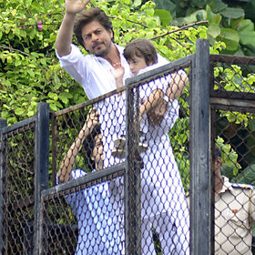 Food & Wine: The One Dish Bollywood Superstar Shah Rukh Khan Knows How to Cook