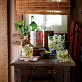 mkgalleryamp; Wine: Gin-and-Honey Spritzer