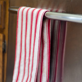 Food & Wine: Here's Why You Might Want to Hang a Dish Towel on Your Dishwasher