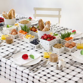 Food & Wine: This Edible Centerpiece Idea From David Stark Is So Cute