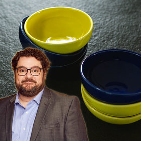 Food & Wine: Bobby Moynihan Wants to Sell You Bowls in This Start-Up Parody [Video]