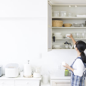 Food & Wine: 7 Signs You Need a Professional Organizer in Your Life