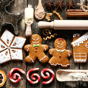 Food & Wine: Kitchen Christmas Decorating Ideas That Will Cheer Up the Cook!