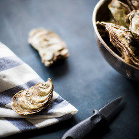 mkgalleryamp; Wine: How to Shuck Oysters at Home, According to a Professional Shucker