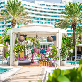 mkgalleryamp; Wine: New Rosé Cabana Is Total Bachelorette Party Bait, and We're About It