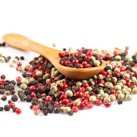 Food & Wine: When to Use Black, White, and Pink Peppercorns, According to Alex Guarnaschelli