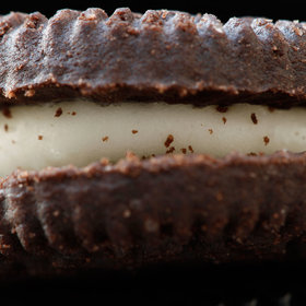 Food & Wine: Hydrox-Oreo Rivalry Heats Up with FTC Complaint