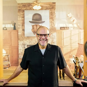 mkgalleryamp; Wine: Alton Brown: 'If I Can Get You Off the Sofa to Cook Something, I Win'