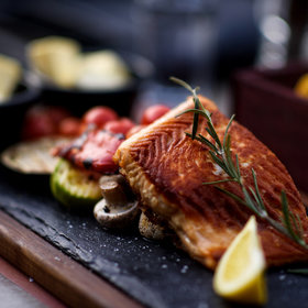 Food & Wine: Should You Eat Fish During Pregnancy?
