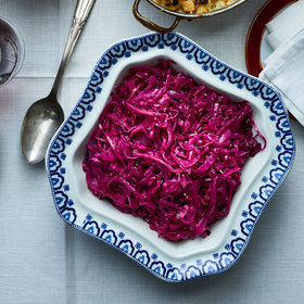 mkgalleryamp; Wine: Braised Red Cabbage with Red Currant Jelly