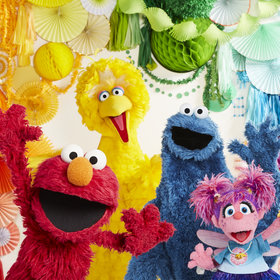 mkgalleryamp; Wine: Sesame Street Celebrates 50th Anniversary with Cupcake Collaboration at Baked By Melissa