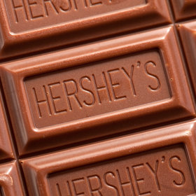 mkgalleryamp; Wine: These Centenarians Say Hershey's Chocolate Is One Key to Their 79-Year Marriage