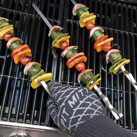 Food & Wine: 10 Brilliant Grilling Gifts for Father's Day