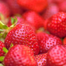 Food & Wine: The Health Benefits of Strawberries