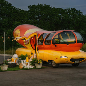 mkgalleryamp; Wine: You Can Rent the Oscar Mayer Wienermobile on Airbnb This Summer