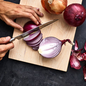 Food & Wine: The Best Way to Caramelize Onions