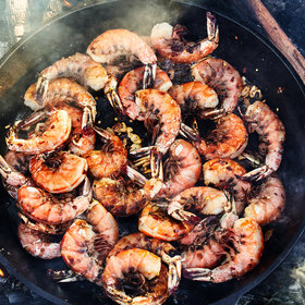 Food & Wine: Spicy Peel-and-Eat Skillet Shrimp with Garlic