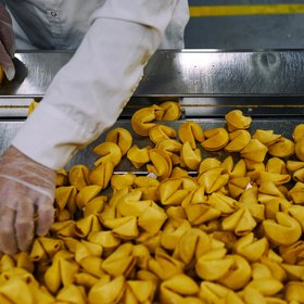 Food & Wine: Go Behind the Scenes as Fortune Cookie History Gets Made