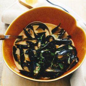 Food & Wine: Curried Mussels in White Ale