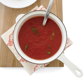 Food & Wine: 10-Minute Tomato Sauce