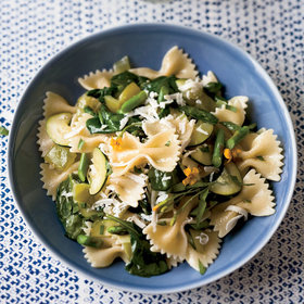 Food & Wine: Healthy Recipes from the Fittest Food and Wine World Stars