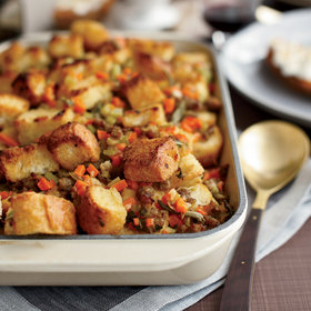 Food & Wine: Sausage-and-Bread Stuffing