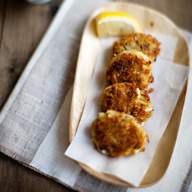 Food & Wine: 8 Ways to Serve Crab Cakes