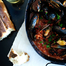 Food & Wine: Steamed Mussels with Tomato-and-Garlic Broth