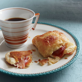 Food & Wine: Guava-Cream Cheese Pastries