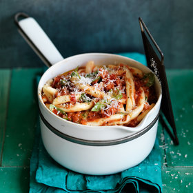 Food & Wine: Fusilli with Summer Tomato Sauce