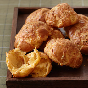 Food & Wine: How to Make Your Own Cheese Puffs