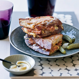 Food & Wine: Wine Pairings for Grilled Cheese