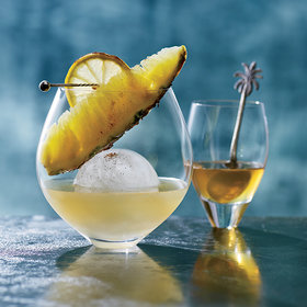 Food & Wine: Drinks for a Crowd