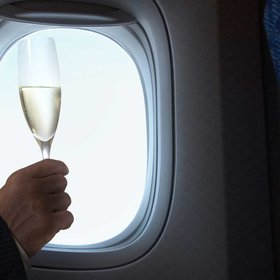 mkgalleryamp; Wine: First Class Passenger Kicked Off Flight for Sneaking Drinks Back to Economy