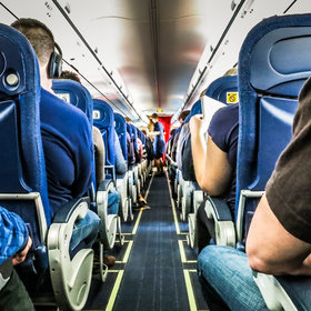 mkgalleryamp; Wine: Don't Make These Travel Etiquette Mistakes the Next Time You Fly