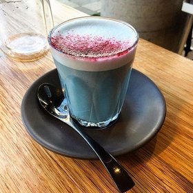 Food & Wine: Blue Algae Lattes Are Now a Thing