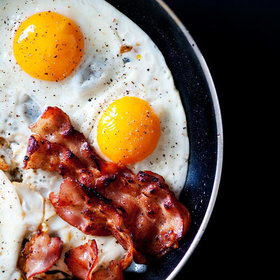 Food & Wine: 5 Mistakes We All Make When Cooking Eggs